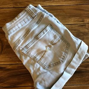 Light blue jean ripped shorts, with cuff